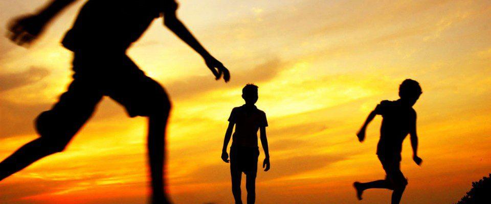 Minorenni fuori famiglia: ecco il manuale europeo dei diritti