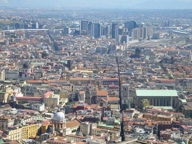 Napoli e le proprietà comunale non utilizzate
