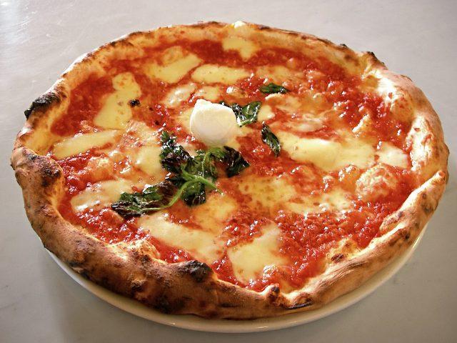 Napoli incorona il nuovo Re della Pizza