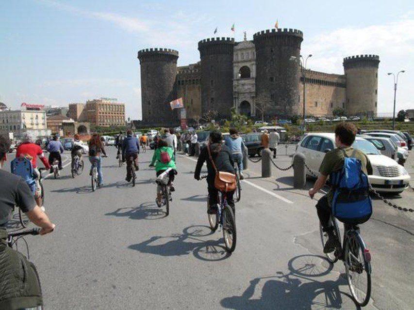 Napoli per la mobilità ciclistica
