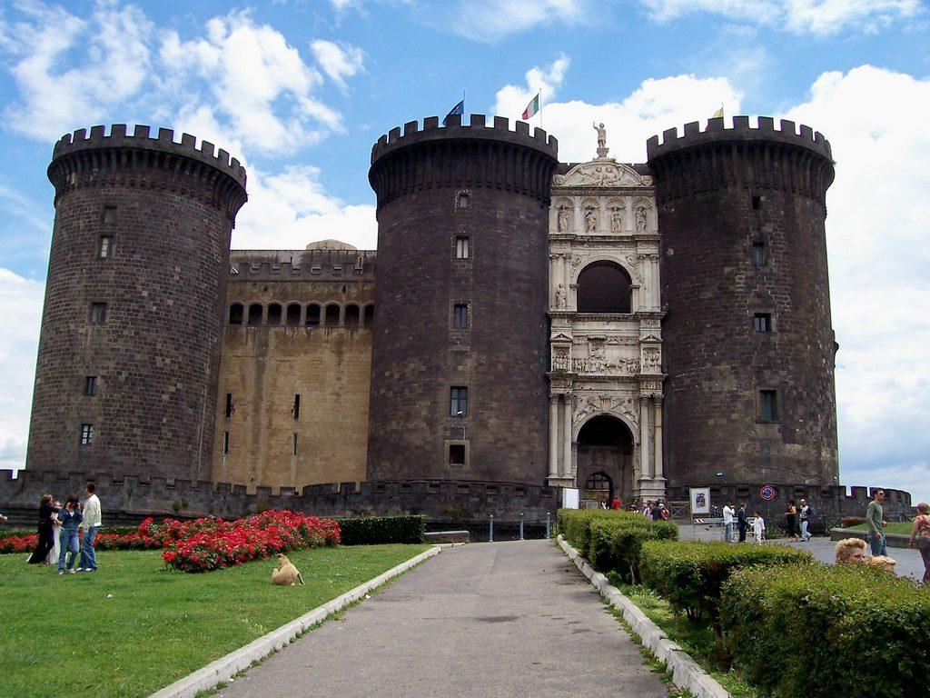 Napoli. Storia