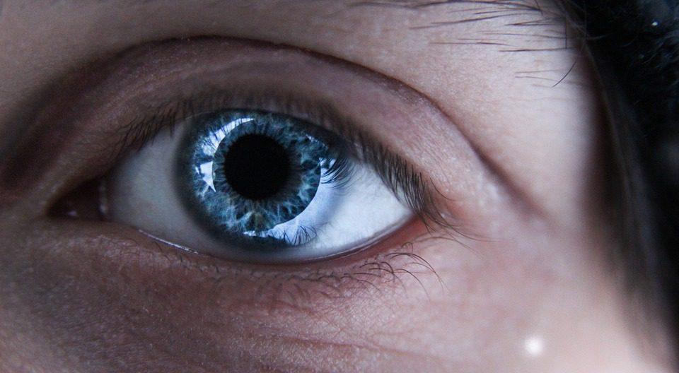 Occhi: una buona idratazione è importante