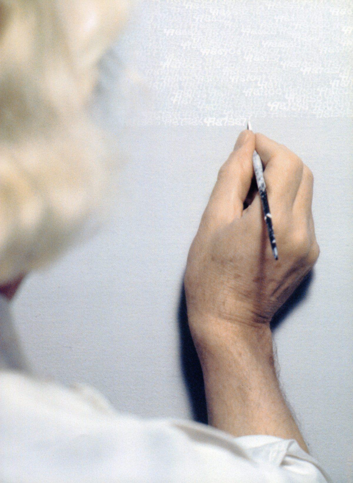 Pae White e la sua arte a Milano