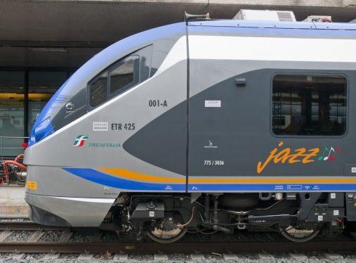 Per i pendolari campani entrano in funzione dei nuovi treni