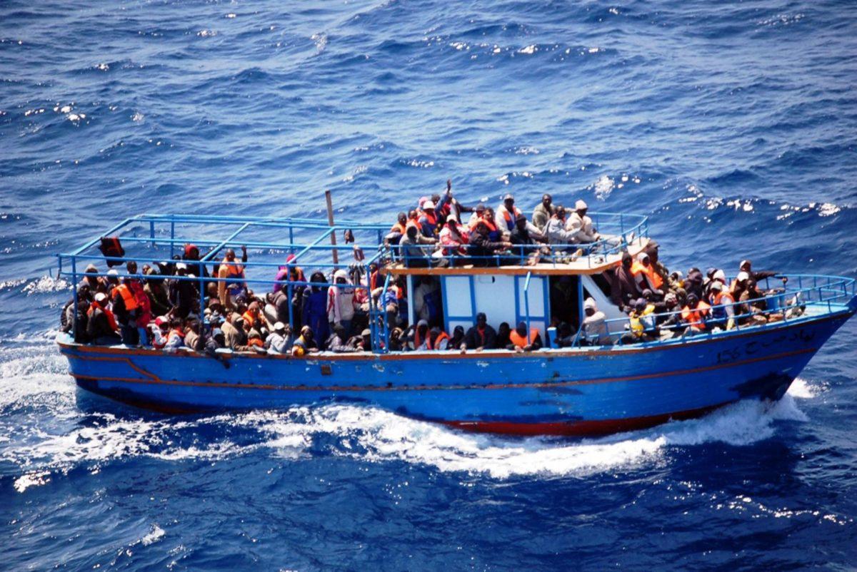 Percorsi legali e sicuri per fermare la fossa comune nel Mediterraneo
