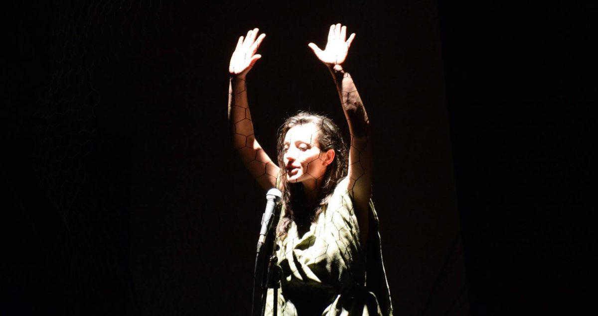 Piaf: black without wings