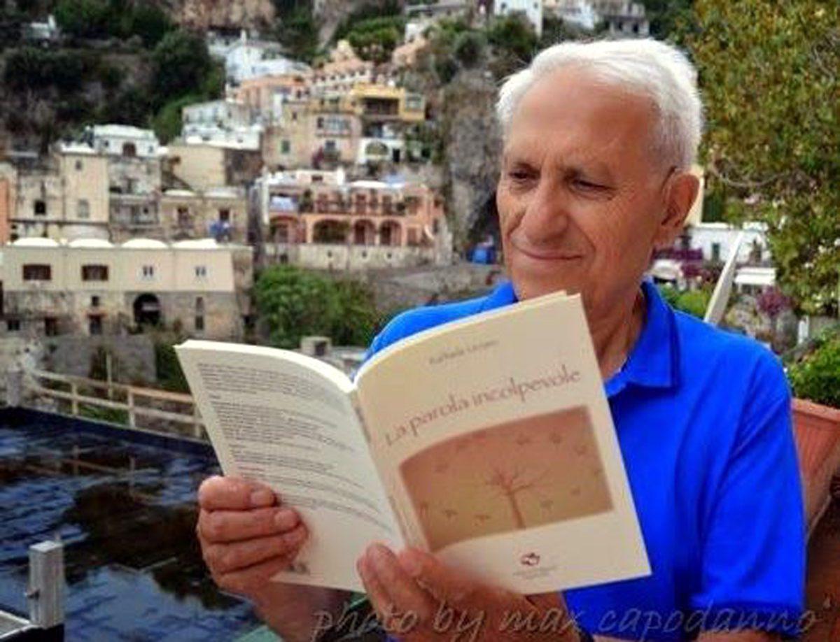 Poeti in Campania: intervista a Raffaele Urraro