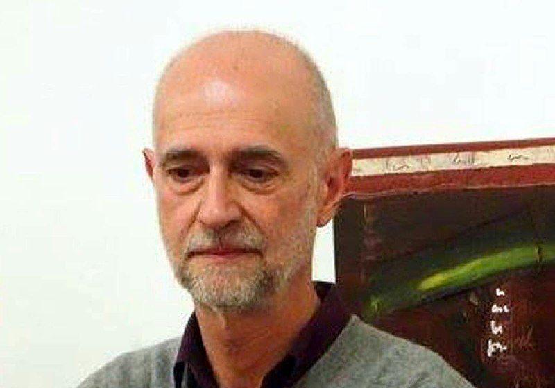 Poeti in Campania: intervista ad Eugenio Lucrezi