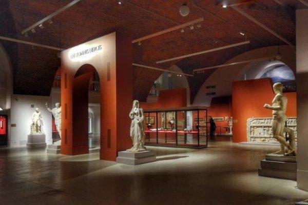"""Pompei si racconta in """"Dei"""