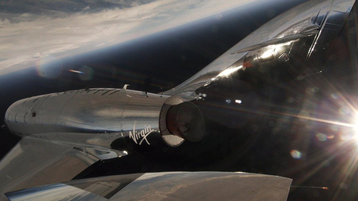 Primo volo supersonico per Virgin Galactic