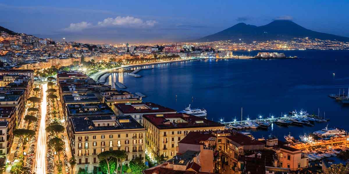 Pubblica illuminazione: Napoli è la prima città italiana per il minor spreco
