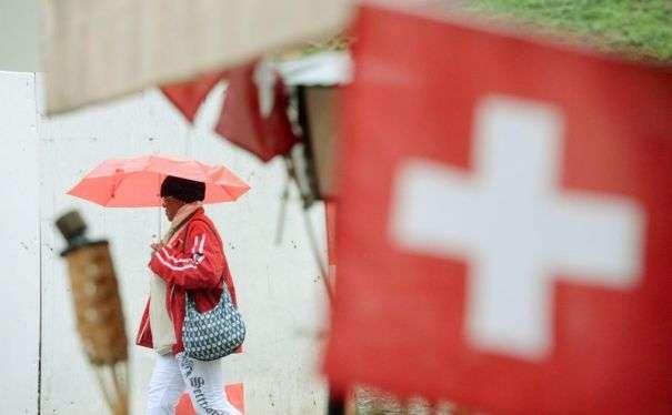 Espulso dalla  Svizzera per debiti un italiano