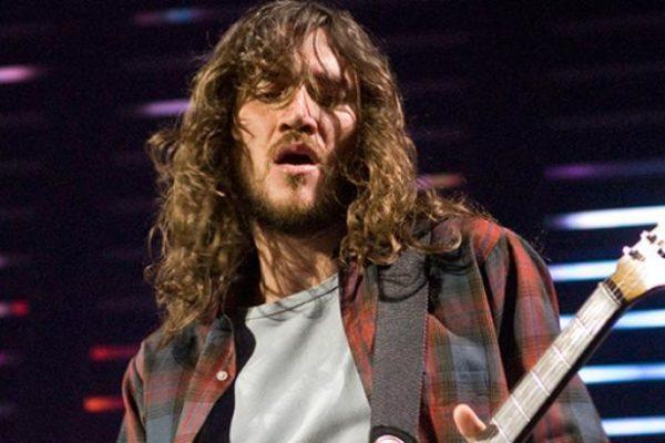 Red Hot Chili Peppers: John Frusciante torna a far parte della band