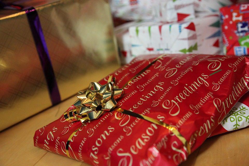 Regali di Natale: cresce l'e-commerce