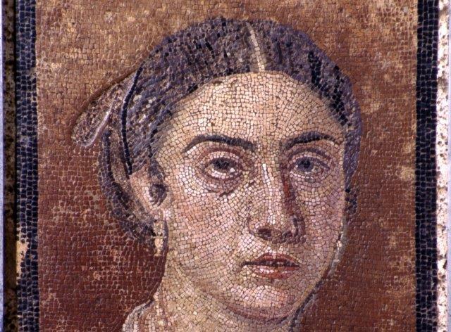 """Ritratto di donna: Pompei si racconta all'Ermitage con """"Dei"""