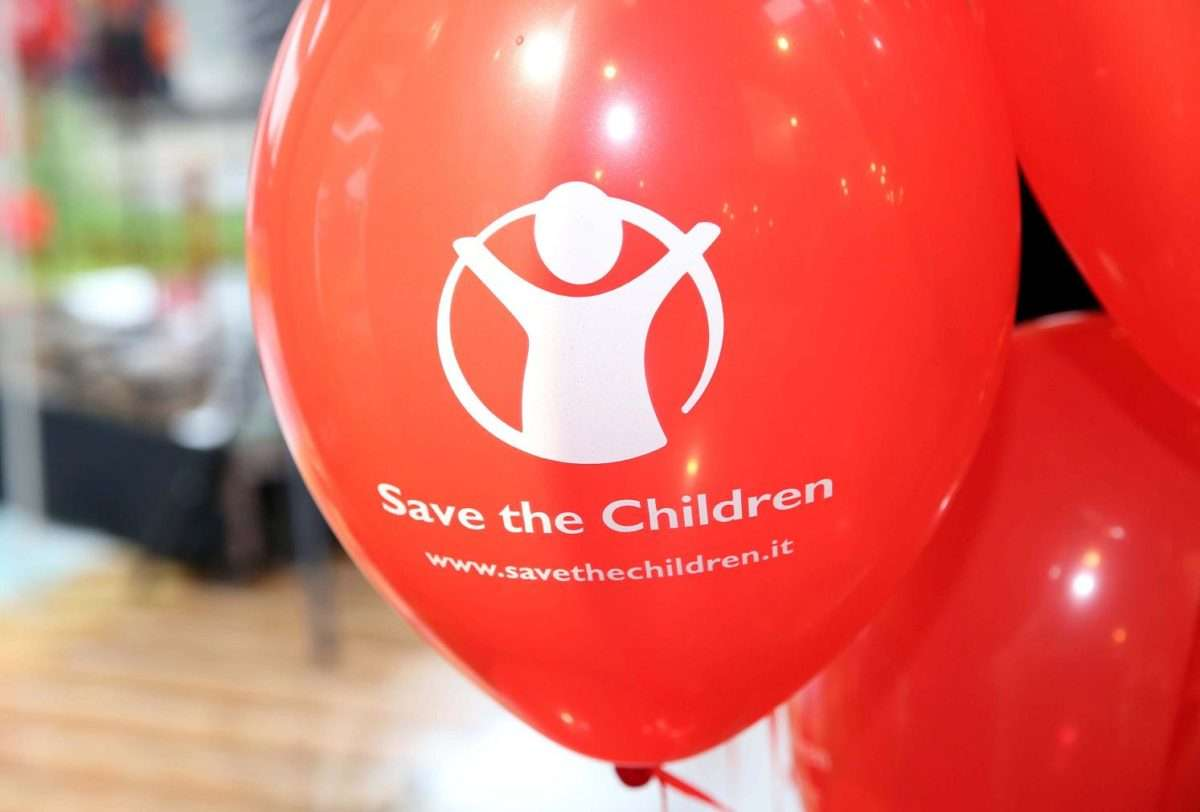 Save the Children: ogni nuovo muro che si erige è un'offesa ai bambini morti in mare