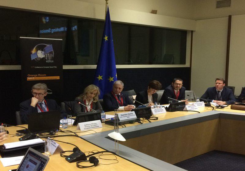 Space policy: se ne parla a Bruxelles