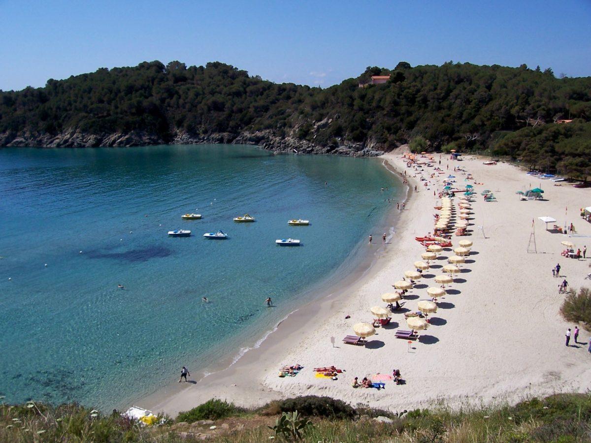 Spiagge: gli italiani scelgono il sud