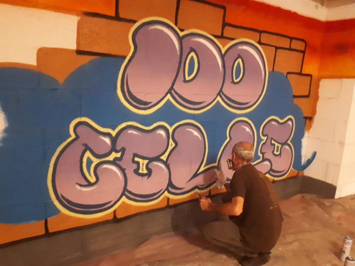 Street Art - Live Art Performance