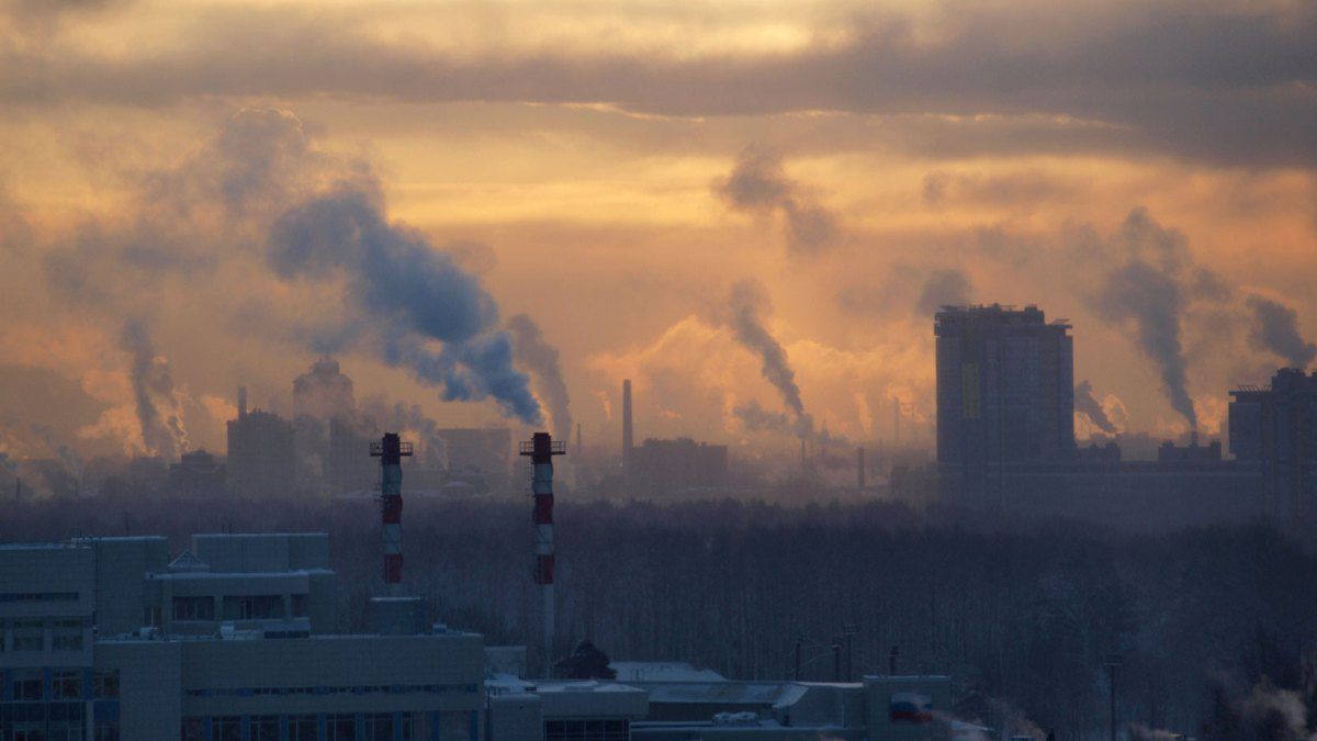 Studio shock sullo smog: aumenta anche rischio sclerosi multipla