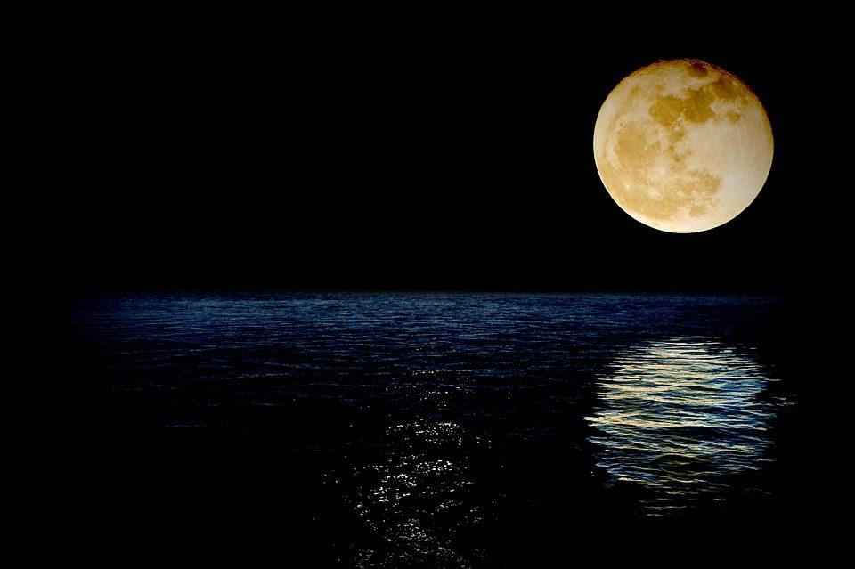 Ti porto la luna