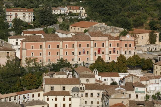 Tra passato e presente. Natale a Palazzo Arnone
