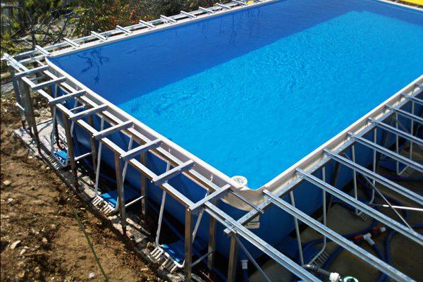 Tutti pazzi per le piscine?