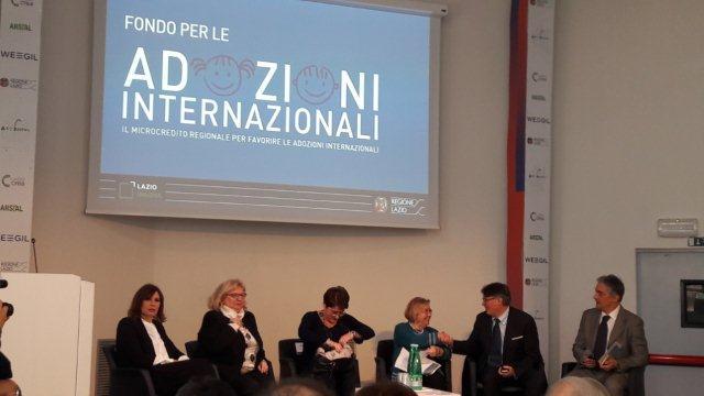 Un aiuto alle famiglie che vogliono adottare: il Bando della Regione Lazio