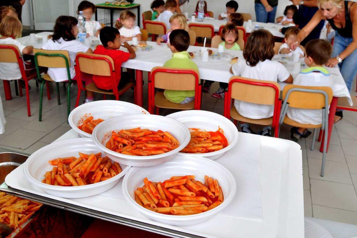 Un italiano su cinque dice: scarsa qualità in mensa