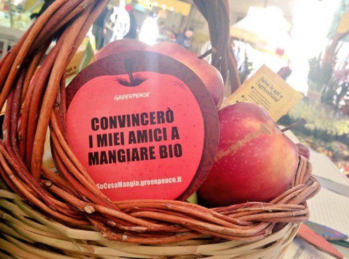 Una mela BIO al giorno toglie il pesticida di torno