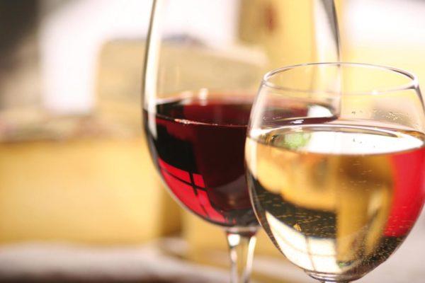 Vino: Export italiano vola verso quota 5