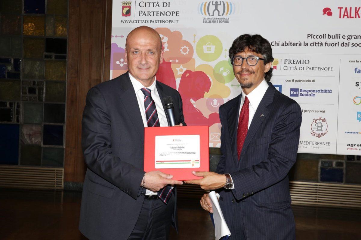Vivibilità: premiato il sindaco di Pozzuoli