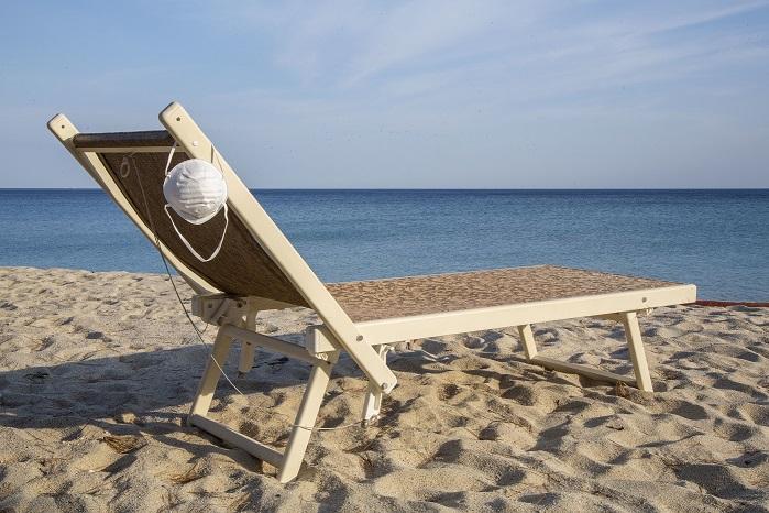 Spiaggia libera: prenotazione sì o no?