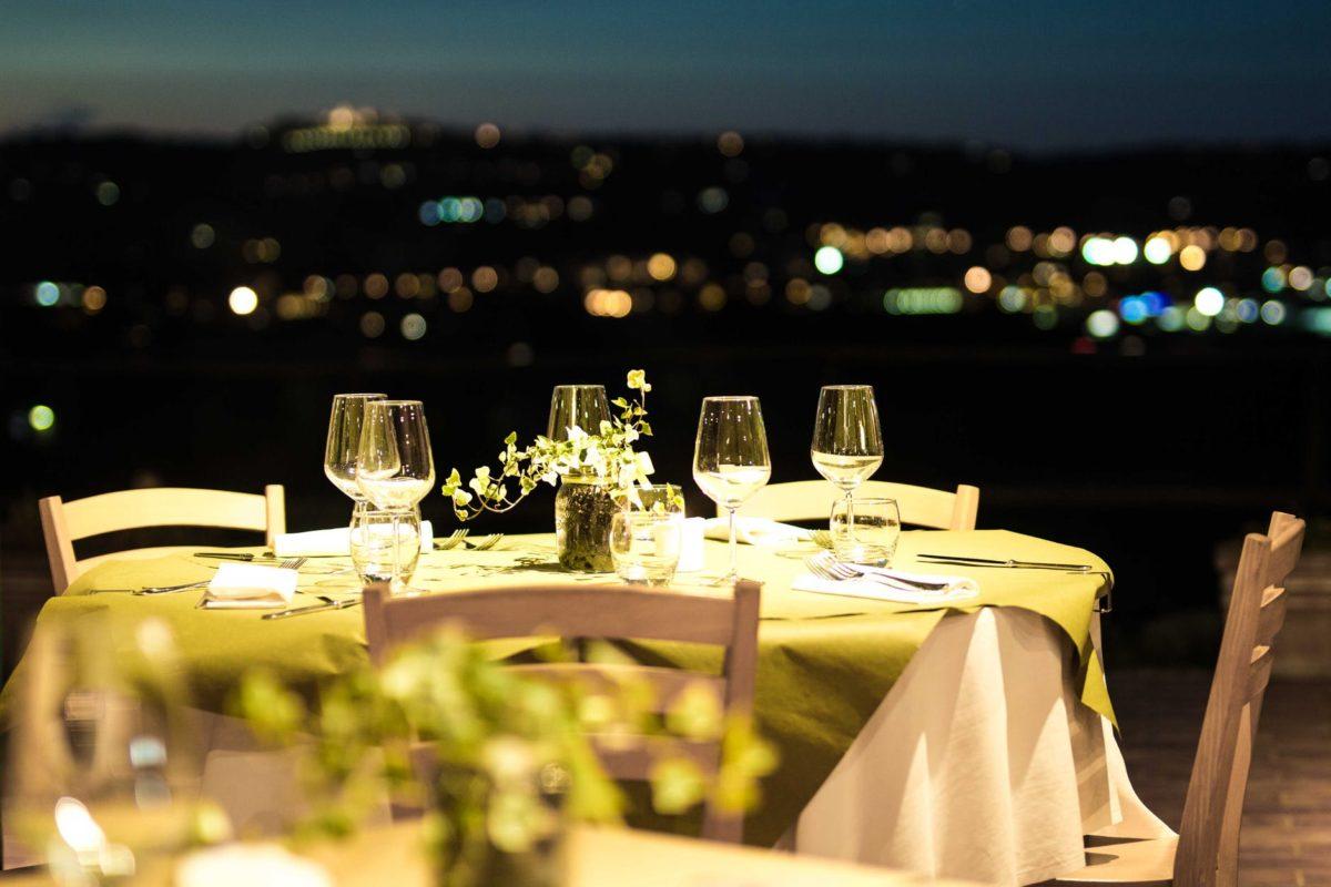 Si torna a mangiare fuori:  il 77% al ristorante entro giugno