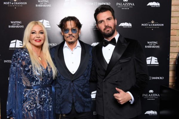 Johnny Depp nella web series animata PUFFINS