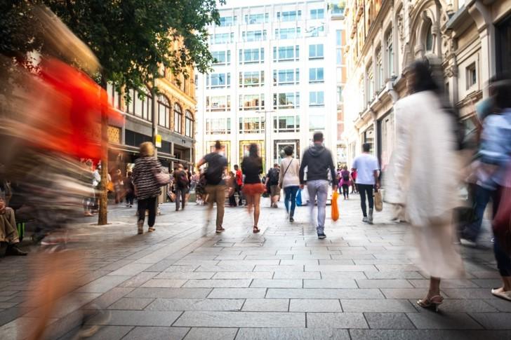 l lockdown riaccende la prossimità, gli investitori puntano sui negozi