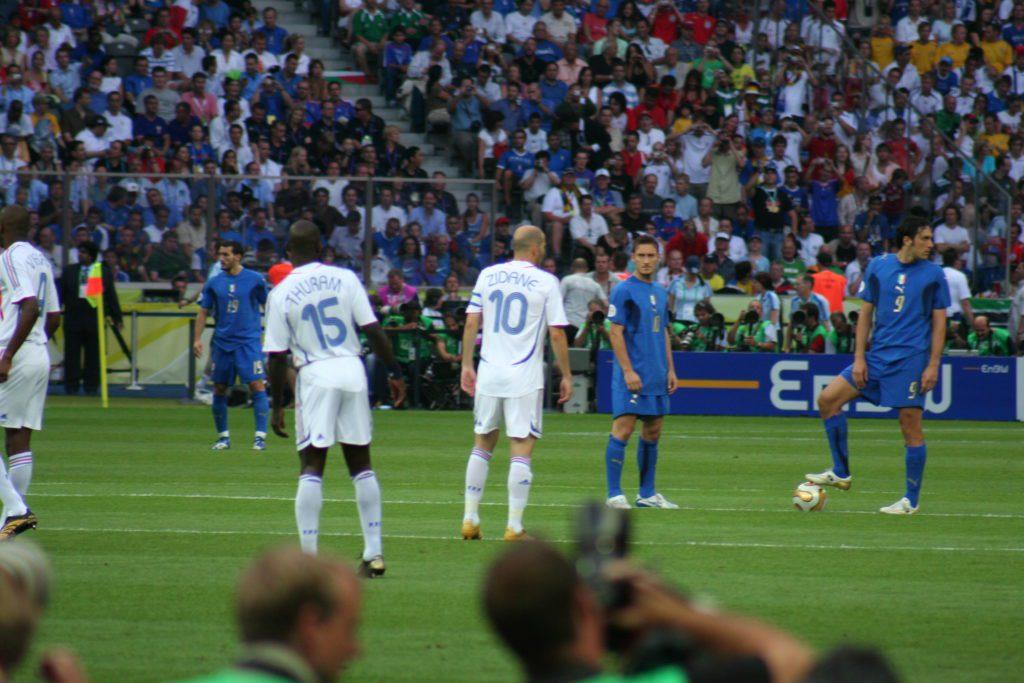 A pochi secondi dal calcio di inizio