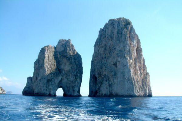 Tre mete della Campania tra le più ricercate dagli italiani
