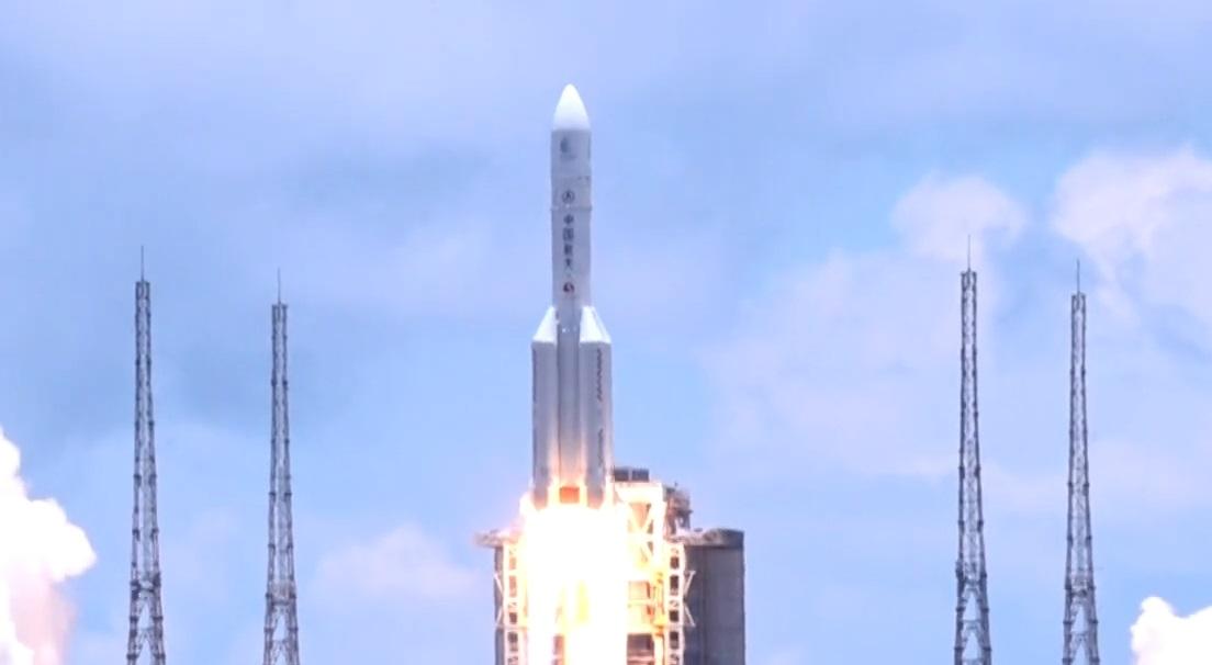 Il lancio della sonda cinese verso Marte