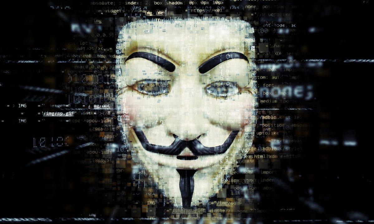 """anonymous e tiktok """" La Cina ci spia"""""""