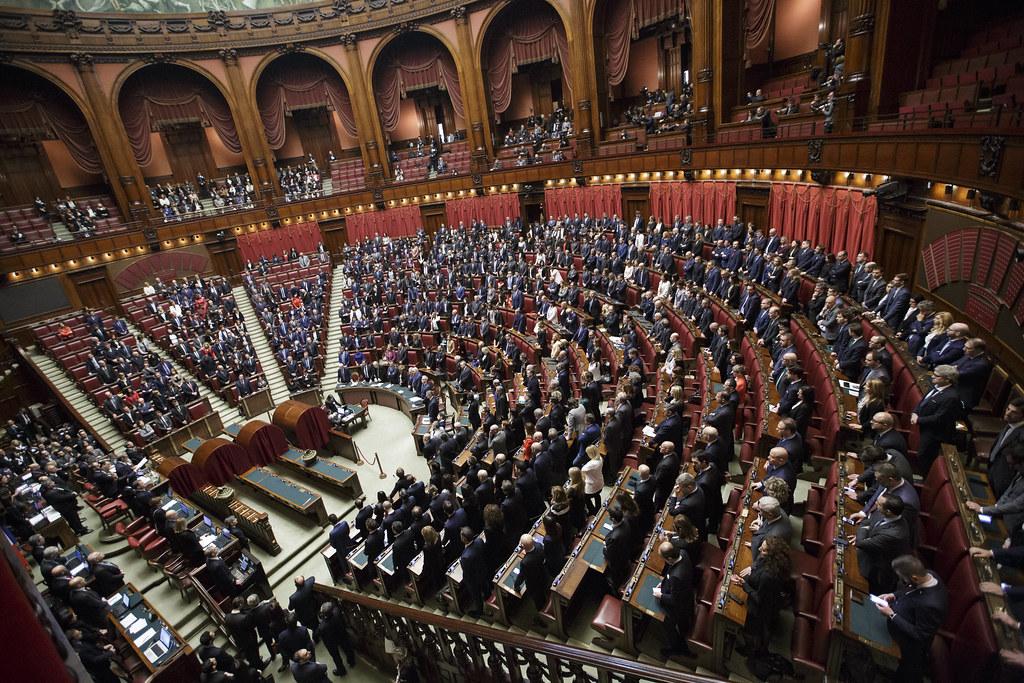 Cinque deputati italiani hanno richiesto il Bonus IVA di 600 euro