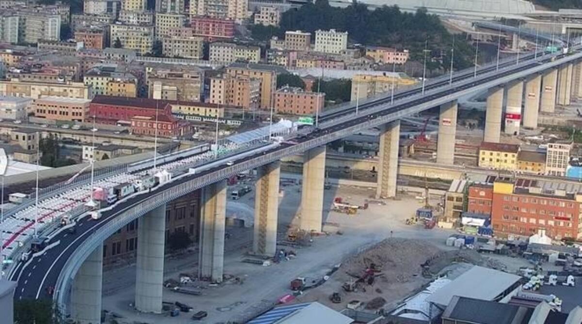 L'inaugurazione del nuovo ponte di Genova, un anno dopo il crollo