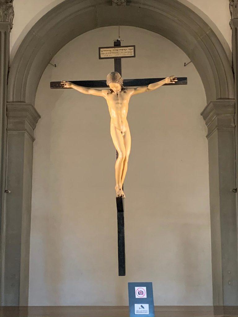Il Crocifisso di Michelangelo e la Crocifissione di Puglisi