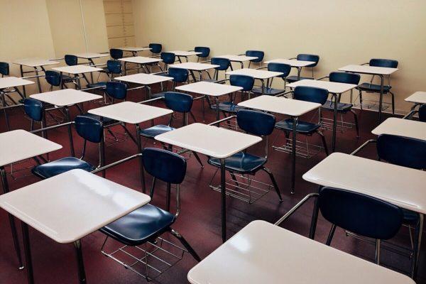 slittamento apertura scuola 2020