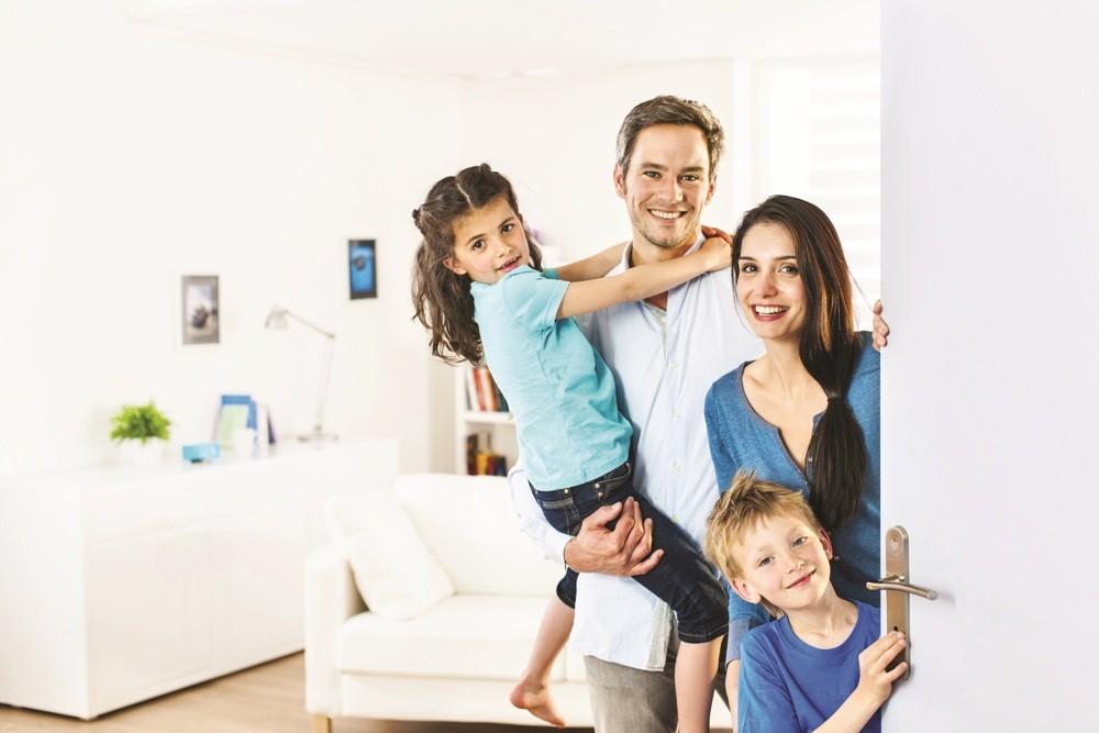 Casa: analisi socio-demografica di acquirenti e venditori