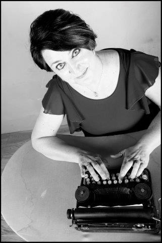 Racconti di stelle al bar Zodiak: intervista all'autrice Loriana Lucciarini