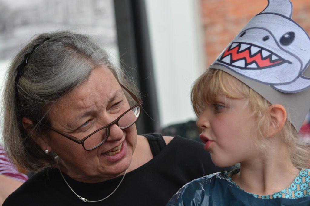 i vaccini per anziani e bambini
