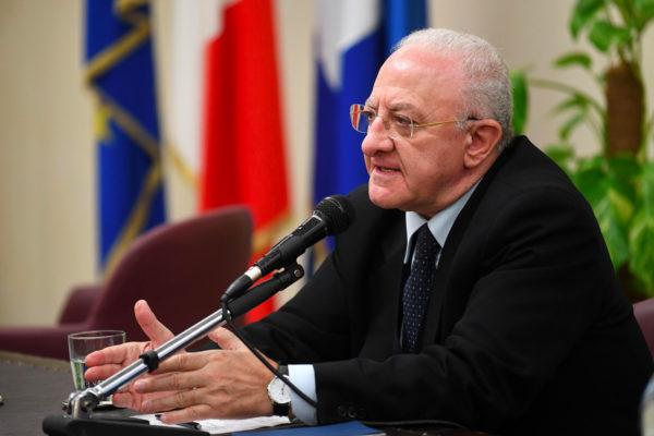 De Luca chiede a Conte il lockdown per la Campania