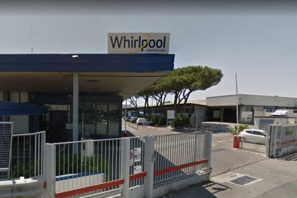 salvare stabilimento whirpool napoli