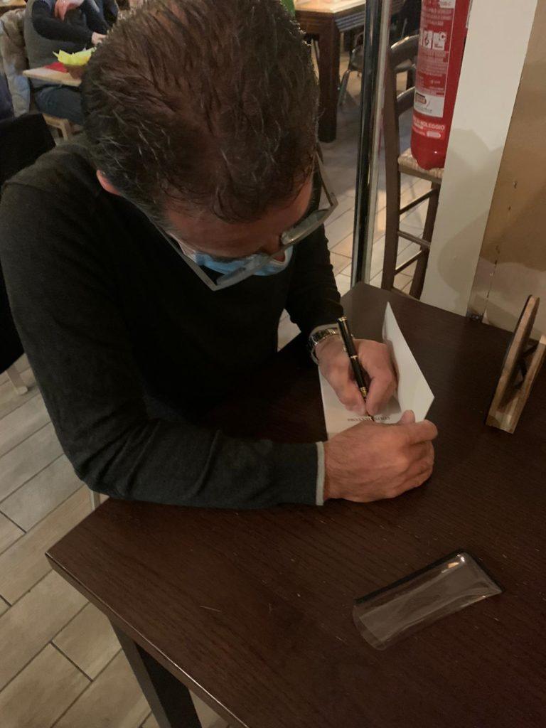 """""""Colpo al cuore"""": intervista all'autore Roberto Carra"""